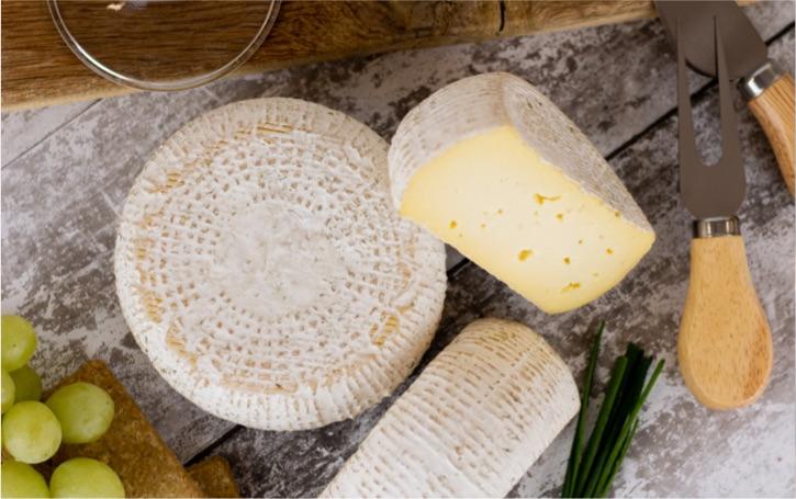 Burkham Belle award winning UK blue cheese.
